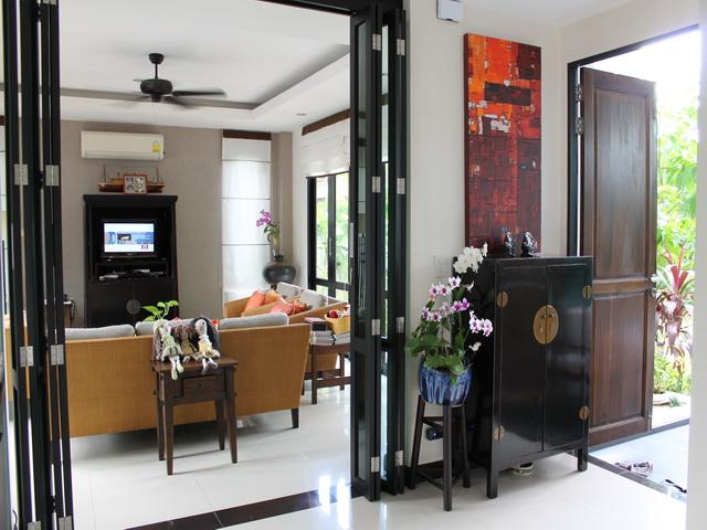 Livingroom phuket property phuket property for Modern living room reddit