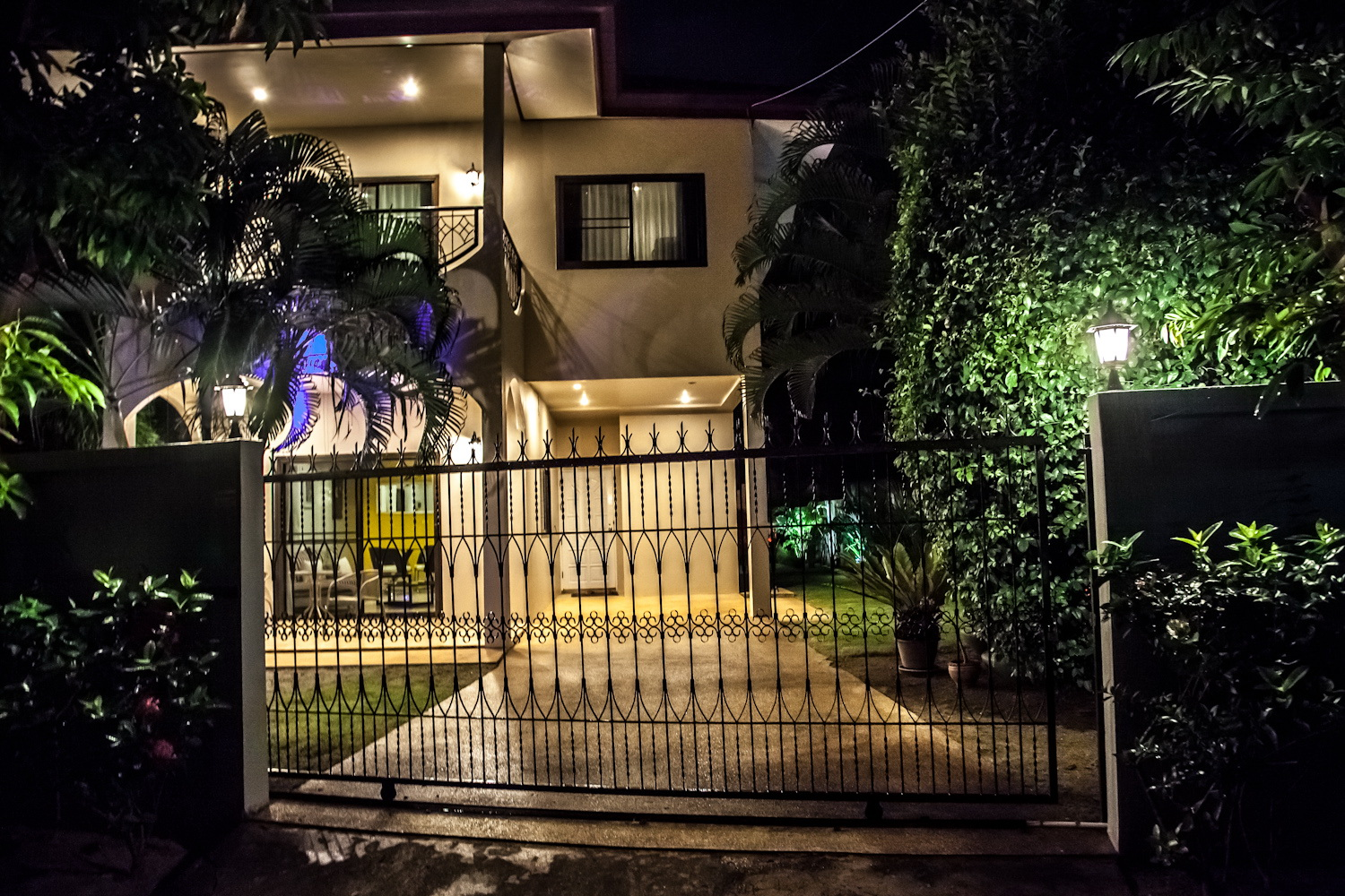 Nice Home Private Pool Garden Exterior At Night Phuket
